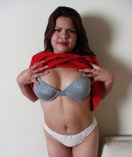 Big latina chick02